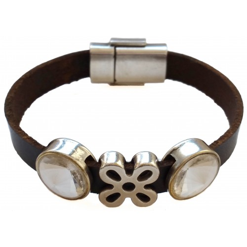 Bracelet in brown leather with stras and zamak flower inserts