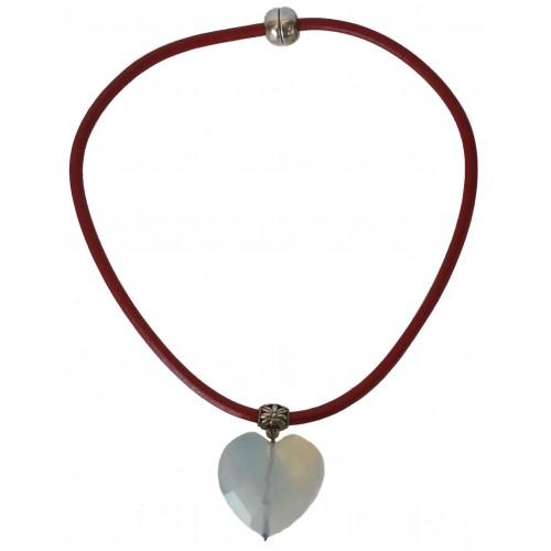Collar cuero rojo corazón colgante