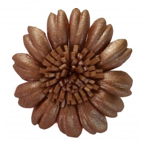 Broche flor margarita de cuero
