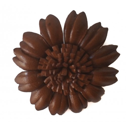 Brooch daisy flower in leather