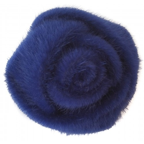 Brooche in fur hairs