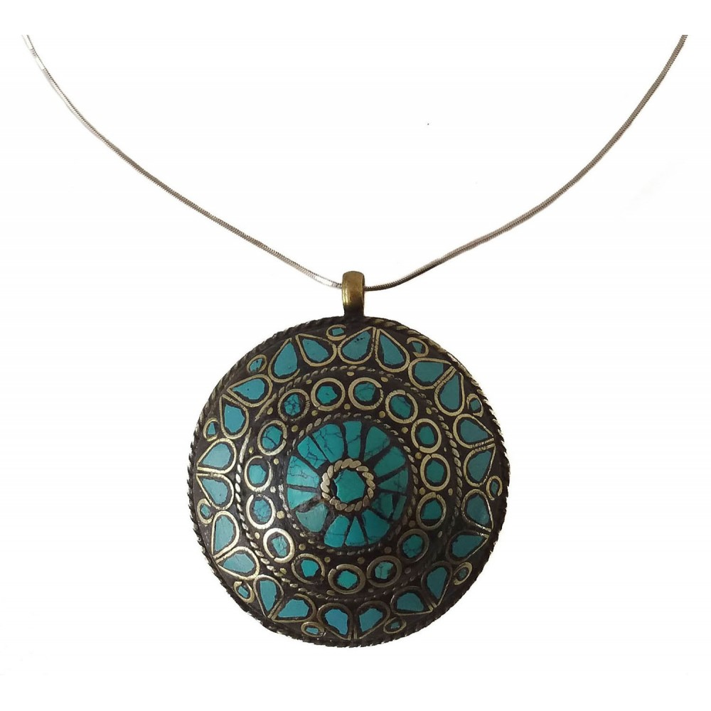 Pendant in costume jewelry medallion in turquoise and gold color ethnic style