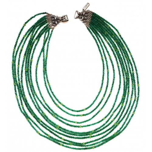 Necklace in green jade with 10 strips and silver closure