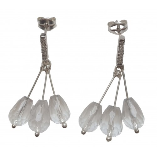 Earrings in silver with 3 white quartz pendants