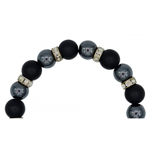 Bracelet in Onyx matte and hematite 10 mm with pendant charm