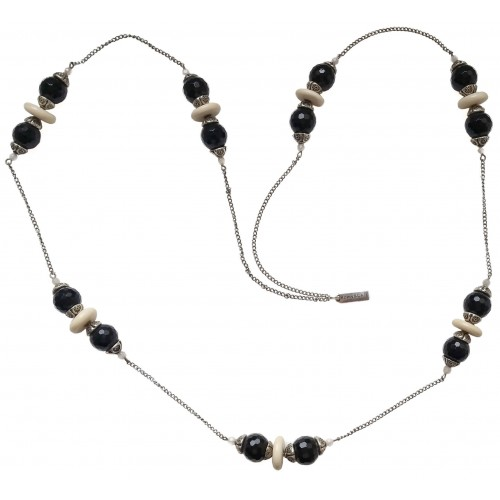Necklace in faceted onyx and metal chain