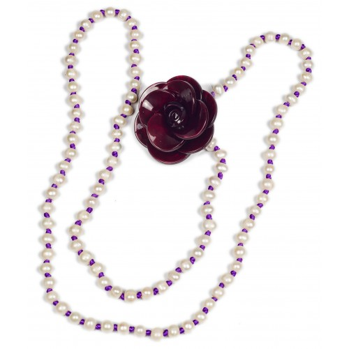 Necklace in river pearls and purple silk thread