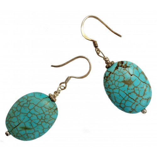Earrings in silver with oval turquoise