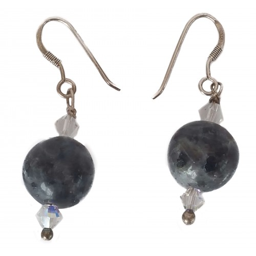 Earrings in silver with gray bead and transparent tupi