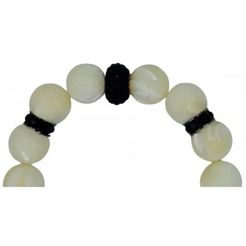Bracelet of Mother of pearl and black central fine crystal